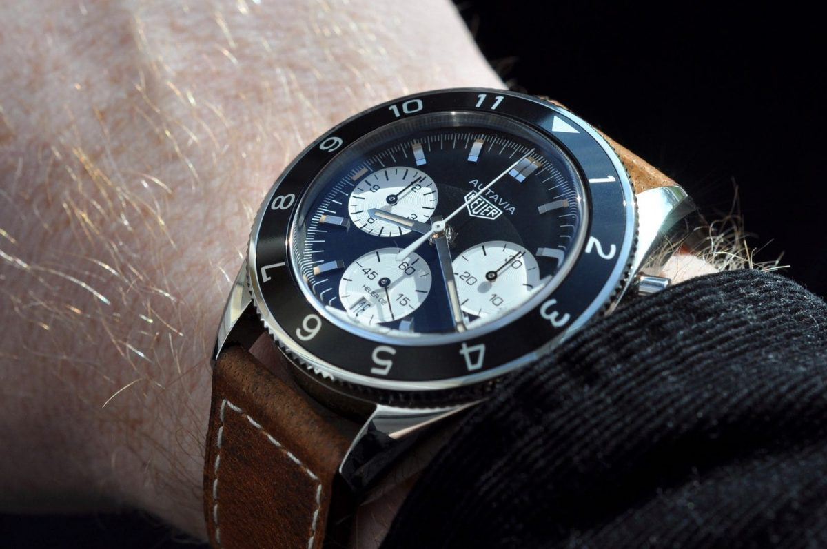 Review The Vintage TAG Heuer Autavia Heuer 02 Black 42 MM Men's Watch Replica